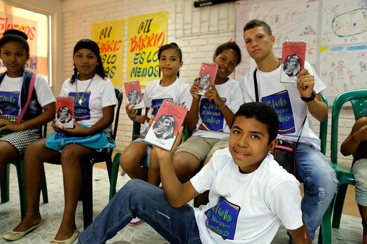 Niños y jóvenes que participaron en Cronicando.