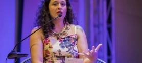 Natalia Viana en entrevista con Cronicando en el Hay Festival 2019