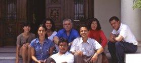 Gabo, junto a algunos de sus alumnos en el primer taller de reportaje que dictó en la fundación, en Barranquilla (Colombia).