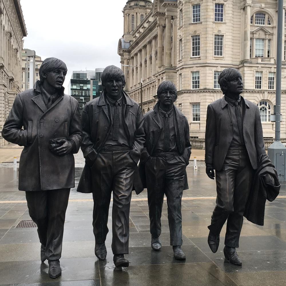 Fue escrita con canciones de The Beatles, Claude Debussy y Béla Bartók